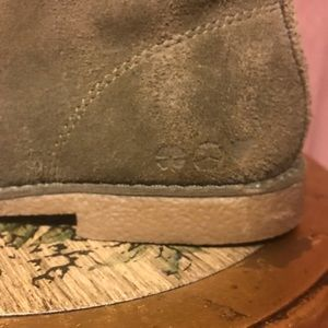 Lucky Brand Shoes - 🍀Lucky Brand🍀Green Suede Oxford Loafers